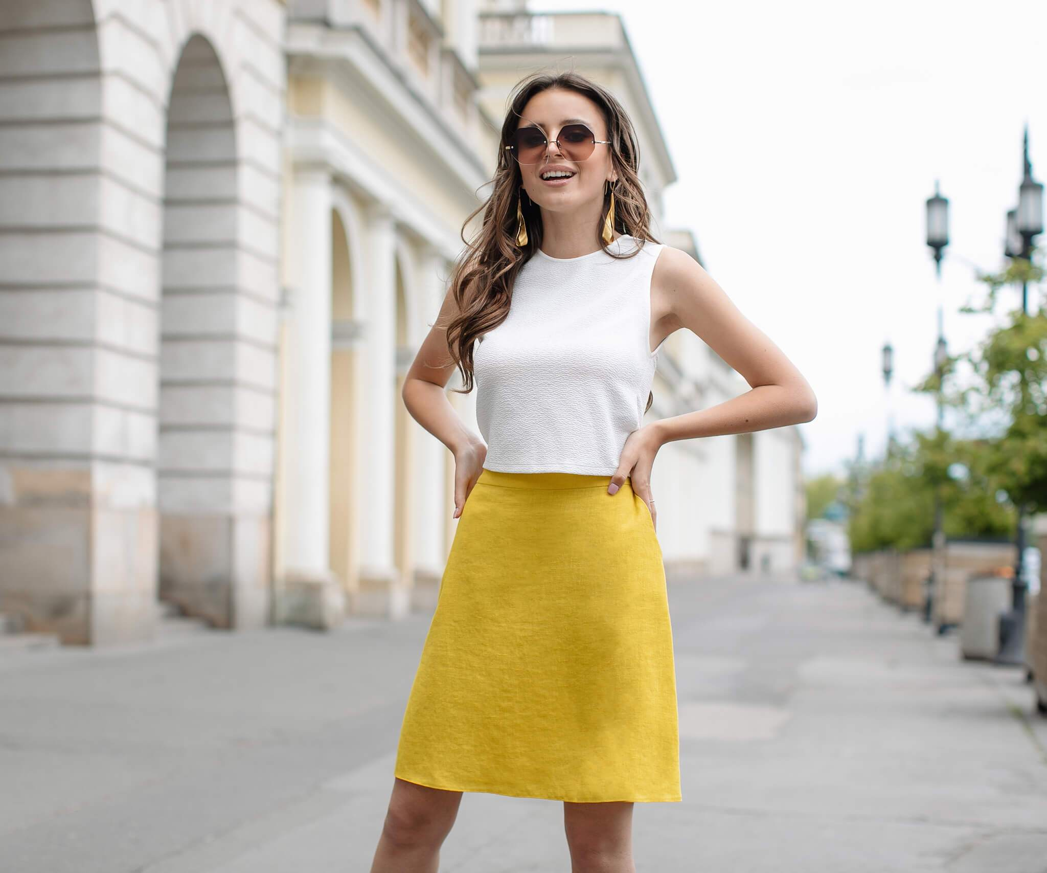 żółta spódnica mini lniana