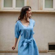 niebieska sukienka lniana