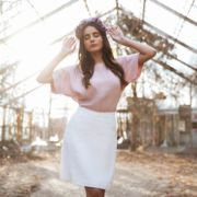biała spódnica lniana mini