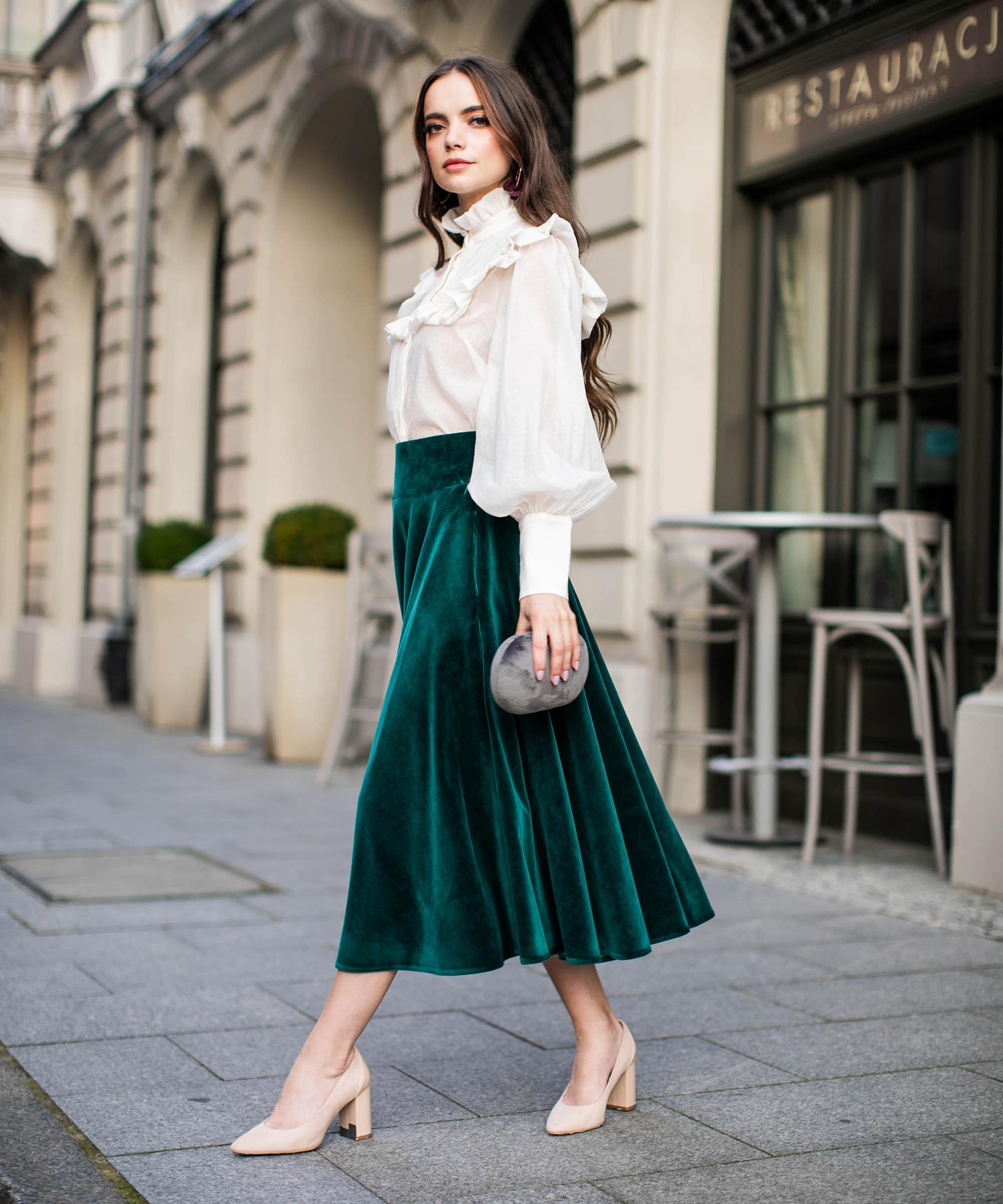 zielona spódnica welurowa