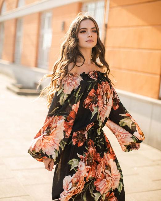 Sukienka z wiskozy, sukienka w kwiaty
